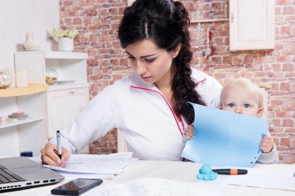 Кому доверить воспитание ребенка? Агентство домашнего персонала Дом счастья