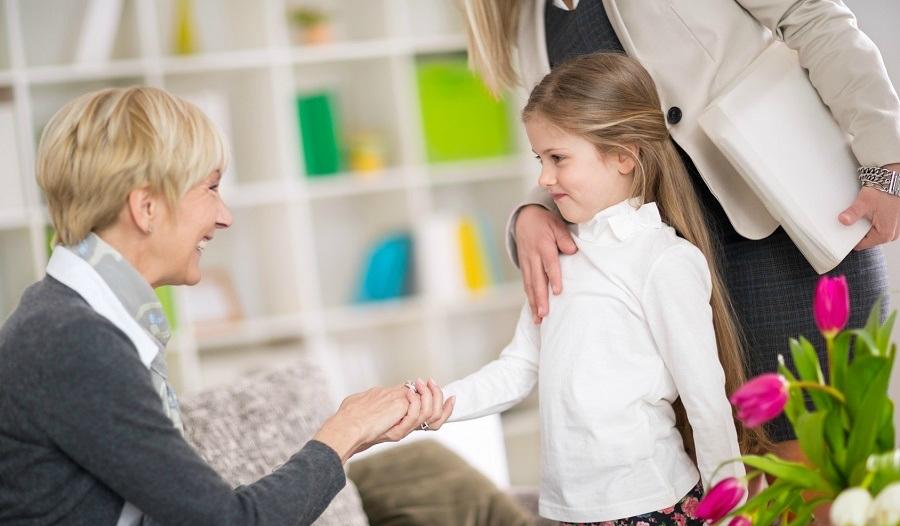 Как пройти пробные дни и испытательный срок в семье