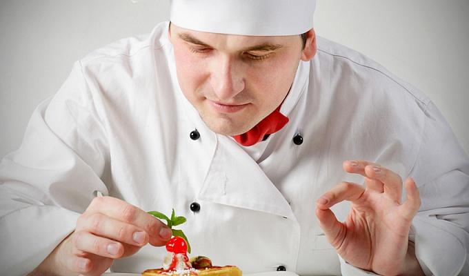 повар-профессионал от агентства домашнего персонала Дом счастья